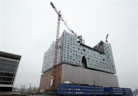 The construction site for the Elbphilharmonie (Philharmonic Hall), built by German construction company Hochtief, is pictured in downtown Hamburg, February 26, 2013. REUTERS/Fabian Bimmer