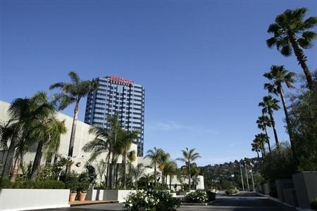 A general view of the Hilton hotel in the Universal City area of Los Angeles July 3, 2007. REUTERS/Mario Anzuoni
