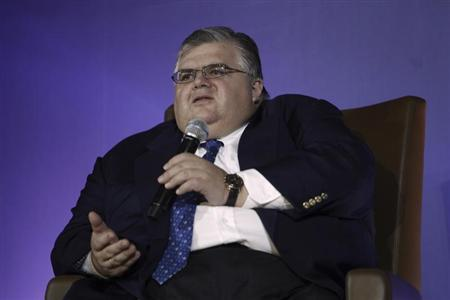 Mexico's central bank governor Agustin Carstens speaks during a Monetary Authority of Singapore lecture in Singapore February 5, 2013. REUTERS/Edgar Su