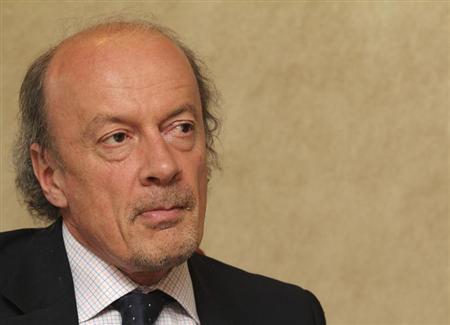 John Craven speaks during the Reuters Global Energy and Climate Summit in London June 14, 2011. REUTERS/Benjamin Beavan