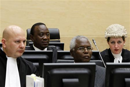 Kenya's Finance Minister Uhuru Kenyatta (2nd L) and Cabinet secretary Francis Muthaura (2nd R) appear at the International Criminal Court in The Hague April 8, 2011. REUTERS/Bas Czerwinski/Pool