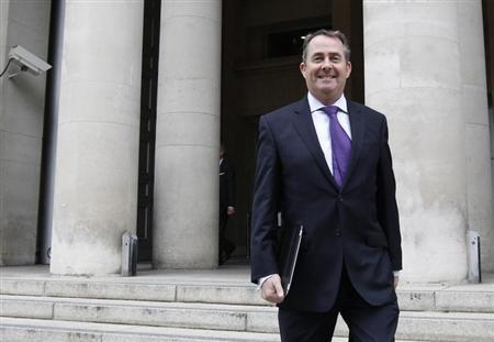 Britain's Defence Secretary Liam Fox leaves the Ministry of Defence in London October 13, 2011. REUTERS/Suzanne Plunkett