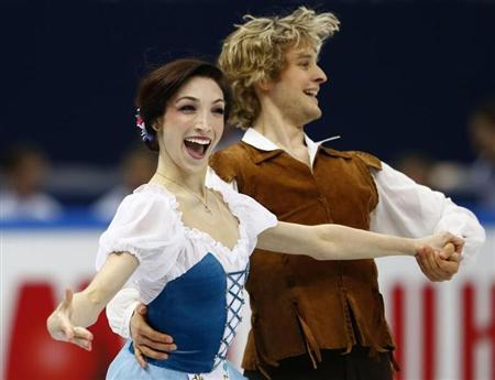 Meryl Davis and Charlie White of the U.S. perform during the ice dance short dance competition at the ISU Grand Prix of Figure Skating Final in Sochi December 7, 2012. REUTERS/Grigory Dukor