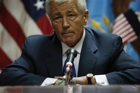 U.S. Secretary of Defense Chuck Hagel meets with the media following his meeting with Afghanistan's President Hamid Karzai in Kabul, March 10, 2013. REUTERS/Jason Reed