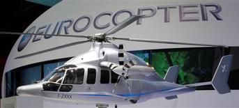Lutz Bertling a démissionné de la présidence exécutive d'Eurocopter, filiale d'EADS, et sera remplacé par Guillaume Faury, venu de PSA. /Photo d'archives/REUTERS/Pascal Rossignol