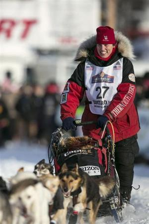 Aliy Zirkle leaves the start gate at the re-start of the Iditarod dog sled race in Willow, Alaska March 3, 2013. REUTERS/Nathaniel Wilder