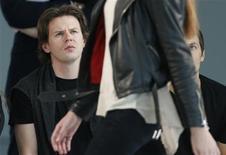 PPR a récemment acquis la majorité de la griffe du jeune styliste écossais Christopher Kane. Avec l'intérêt croissant de la clientèle internationale pour de jeunes marques de mode, l'appétit des détaillants comme des investisseurs s'aiguise pour des labels jugés prometteurs. /Photo d'archives/REUTERS/Suzanne Plunkett