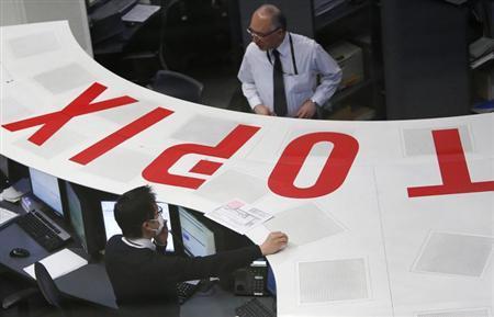 3月14日、東京株式市場で日経平均は3日ぶり反発した。写真は12日、東京証券取引所で撮影(2013年 ロイター/Yuya Shino)