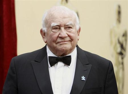 Actor Ed Asner arrives at the 82nd Academy Awards in Hollywood, March 7, 2010. REUTERS/Mario Anzuoni