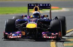 Piloto alemão Sebastian Vettel participa de primeiro treino para o Grande Prêmio da Austrália, no circuito de Albert Park, em Melbourne. 15/03/2013 REUTERS/Scott Wensley