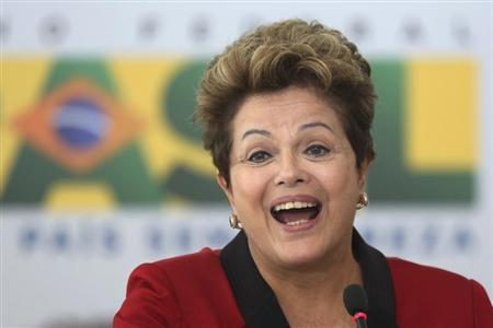 Brazil's President Dilma Rousseff speaks during a ceremony to announce Measures of Consumer Protection at the Planalto Palace in Brasilia March 15, 2013. REUTERS/Ueslei Marcelino