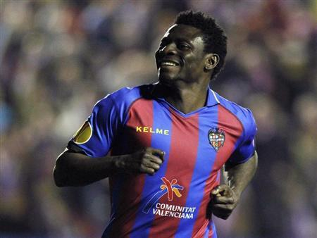 Levante's Obafemi Martins celebrates after he scored against Olympiakos Piraeus during their Europa League soccer match at the Ciudad de Valencia stadium in Valencia, February 14, 2013. REUTERS/Heino Kalis
