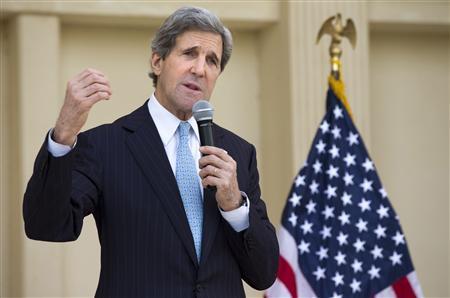 U.S. Secretary of State John Kerry speaks to U.S. embassy staff in Doha, March 6, 2013. REUTERS/Jacquelyn Martin/Pool