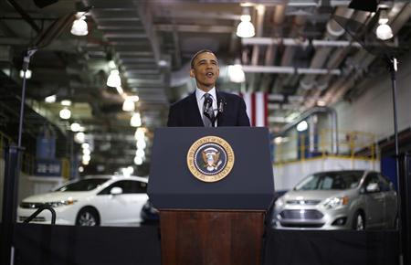 U.S. President Barack Obama delivers remarks on energy at the Argonne National Lab near Chicago, March 15, 2013. REUTERS/Jason Reed