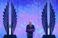 Journalist Anderson Cooper accepts his Vito Russo Award during the 24th Annual GLAAD Media Awards in New York, March 16, 2013. REUTERS/Carlo Allegri