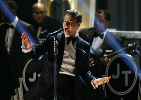 Justin Timberlake performs ''Suit & Tie'' at the 55th annual Grammy Awards in Los Angeles, California, February 10, 2013. REUTERS/Mike Blake
