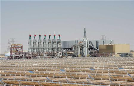 A general view of the newly opened solar power plant, Shams 1, during its official inauguration at Madinat Zayed in Abu Dhabi March 17, 2013. REUTERS/Ben Job
