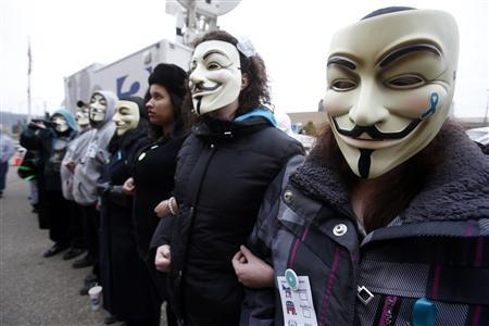 Protesters wait to hear the verdict in the trial of Trent Mays and Ma'lik Richmond outside the juvenile court in Steubenville, Ohio, March 17, 2013. REUTERS/Jason Cohn