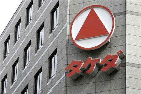 3月18日、特許切れの谷を越えた武田薬品工業の業績が、2014年3月期から回復する見通しだ。都内の本社で2009年7月撮影(2013年 ロイター)