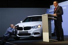 German premium automaker BMW Chief Executive Norbert Reithofer addresses the company's annual news conference in Munich March 19, 2013. REUTERS/Michael Dalder(GERMANY - Tags: TRANSPORT BUSINESS)