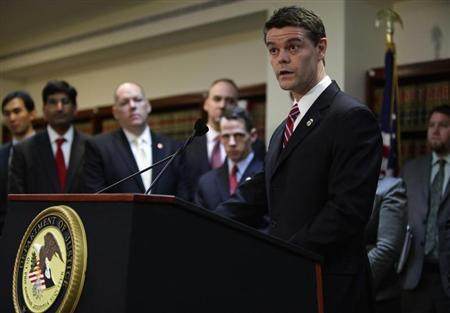 Director of U.S. Immigration and Customs Enforcement John Morton speaks during a news conference at the Conrad B. Duberstein U.S. Bankruptcy Courthouse in New York December 11, 2012. REUTERS/Joshua Lott