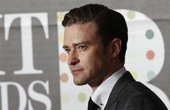 Cantor norte-americano Justin Timberlake chega para o BRIT Awards, que celebra a música pop britânica, na O2 Arena em Londres, 20 de fevereiro de 2013. Timberlake comemorou o lançamento de seu primeiro álbum desde 2006 com um show animado em Los Angeles, na noite de segunda-feira, aguçando o apetite dos fãs ao confirmar relatos da mídia de que vai lançar mais músicas novas em breve. 20/02/2013 REUTERS/Luke Macgregor