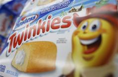 "A box of Hostess Brands ""Twinkies"" is on display, from what is believed to be the last shipment of Twinkies that Hostess brands will produce to stores in the country, at a Jewel-Osco grocery store in Chicago December 11, 2012. REUTERS/Jim Young"