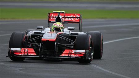 McLaren Formula One driver Sergio Perez of Mexico countersteers during the qualifying session of the Australian F1 Grand Prix at the Albert Park circuit in Melbourne March 17, 2013. REUTERS/Scott Wensley