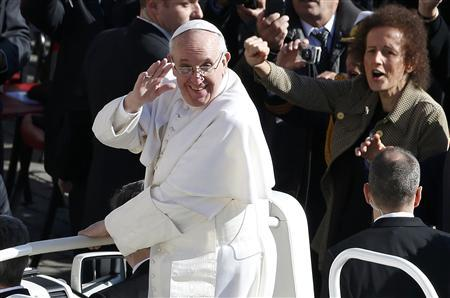Pope Francis arrives in Saint Peter's Square for his inaugural mass at the Vatican, March 19, 2013. REUTERS/Stefano Rellandini