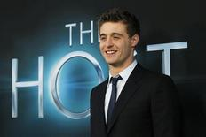 "Cast member Max Irons poses at the premiere of ""The Host"" in Hollywood, California March 19, 2013. The movie opens in the U.S. on March 29. REUTERS/Mario Anzuoni"