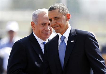 U.S. President Barack Obama (R) and Israeli Prime Minister Benjamin Netanyahu walk during an official welcoming ceremony at Ben Gurion International Airport near Tel Aviv March 20, 2013. REUTERS/Nir Elias