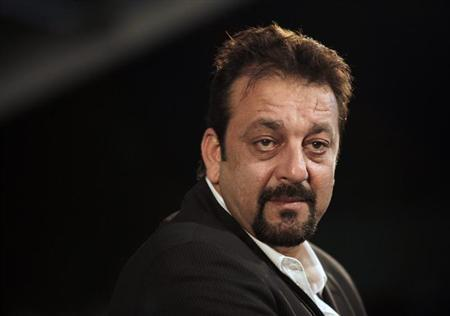 Bollywood actor Sanjay Dutt arrives on the green carpet for the International Indian Film Academy (IIFA) awards in Colombo June 5, 2010. REUTERS/Rupak De Chowdhuri