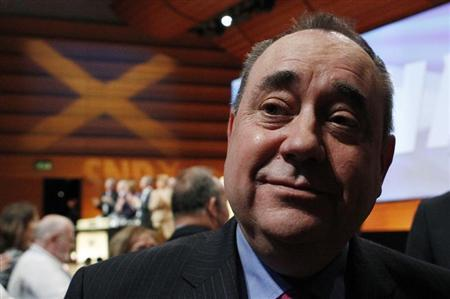 Scotland's First Minister and Scottish National Party (SNP) leader Alex Salmond smiles after delivering his keynote speech at the party's annual conference in Perth, Scotland October 20, 2012. REUTERS/David Moir