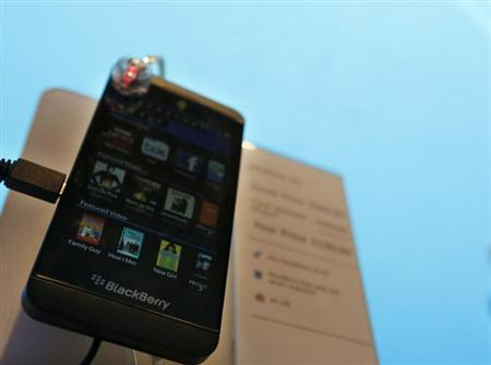 A new Blackberry Z10 smartphone is displayed at a store in New York, March 22, 2013. REUTERS/Brendan McDermid