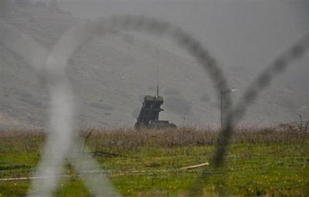 A Patriot missile launcher is pictured at a position near the city of Kahramanmaras, February 23, 2013. REUTERS/Sabine Siebold