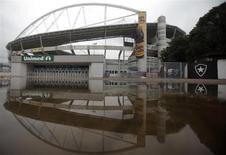O estádio Olímpico Joao Havelange, no Rio de Janeiro. Seis anos após sua conclusão, o estádio construído para os Jogos Pan-Americanos de 2007 vai ser fechado por problemas estruturais, informou a prefeitura do Rio de Janeiro. 27/03/2013. REUTERS/Ricardo Moraes