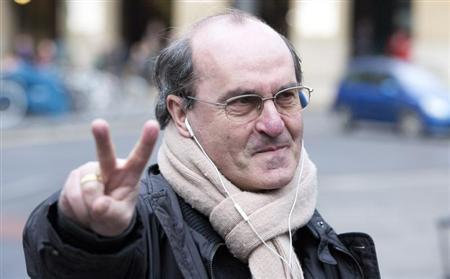 Lawyer Giovanni di Stefano arrives at Southwark Crown Court in London January 28, 2013. REUTERS/Neil Hall