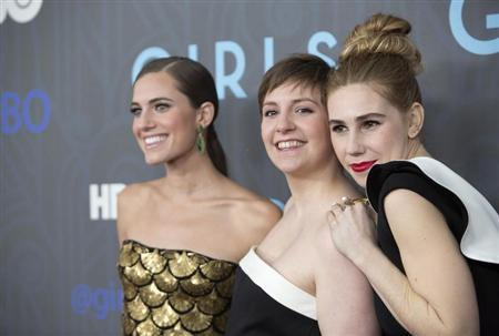 Actresses Allison Williams (L-R), Lena Dunham and Zosia Mamet attend the Season 2 premiere of the television series ''Girls'' in New York January 9, 2013. REUTERS/Andrew Kelly