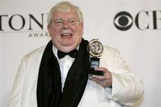 Richard Griffiths poses with his award for Best Performance by a Leading Actor in a Play for The History Boys at the 60th annual Tony Awards in New York in this file June 11, 2006 photo. REUTERS/Brian Snyder