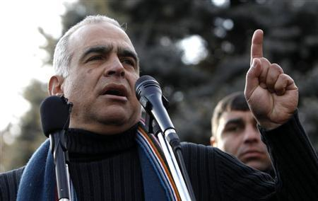Raffi Hovannisian addresses supporters at a rally in Yerevan February 19, 2013. REUTERS/David Mdzinarishvili
