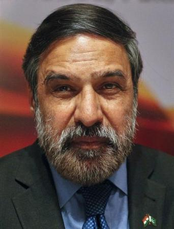 India's Commerce Minister Anand Sharma attends a meeting with his Pakistani counterpart Makhdoom Amin Fahim (unseen) in Islamabad on February 15, 2012. REUTERS/Faisal Mahmood