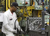 a croissance de l'activité du secteur manufacturier aux Etats-Unis a accéléré en mars, à la faveur d'une hausse à la fois des nouvelles commandes et des embauches, selon les résultats définitifs de l'enquête mensuelle Markit. /Photo d'archives/REUTERS/Paul Vernon