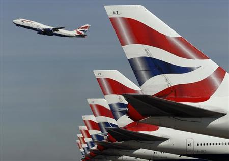 A British Airways passenger jet takes off from Heathrow Airport in west London April 7, 2011. REUTERS/Stefan Wermuth