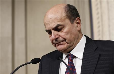 Italy's PD (Democratic Party) leader Pierluigi Bersani reacts during a news conference following a meeting with Italian President Giorgio Napolitano at the Quirinale Presidential palace in Rome March 28, 2013. REUTERS/Tony Gentile