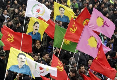 Kurds take part in a demonstration calling for the release of Kurdistan Workers Party (PKK) leader Abdullah Ocalan, in Strasbourg, eastern France, February 16, 2013. REUTERS/Jean-Marc Loos