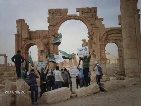Demonstrators protest against Syria's President Bashar al-Assad after Friday prayers in the ancient city of Palmyra in the heart of the Syrian desert October 28, 2011. REUTERS/Handout/Files