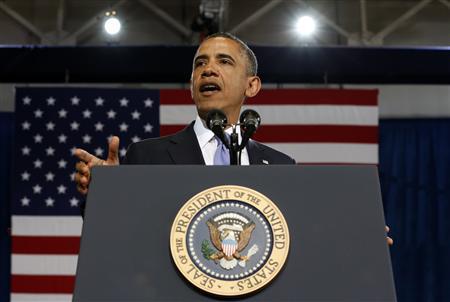 U.S. President Barack Obama speaks about tightening gun regulations during a visit to the Denver Police Academy in Denver, Colorado April 3, 2013. REUTERS/Kevin Lamarque