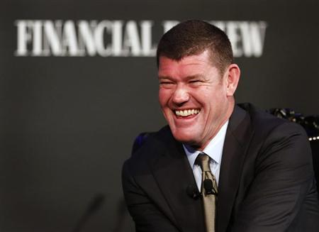 Australian Businessman and founder of Australia's Crown Ltd, James Packer laughs while answering questions at an evening business event in Sydney October 25, 2012. REUTERS/Tim Wimborne