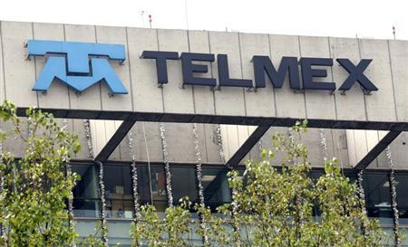 View of the headquarters of Mexican telephone company Telmex in Mexico City January 7, 2010. REUTERS/Daniel Aguilar
