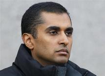 Former SAC Capital employee Mathew Martoma exits the Manhattan Federal court following an appearance on insider trading charges in New York November 26, 2012. REUTERS/Brendan McDermid